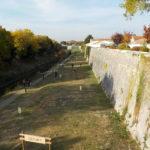 Parcours d'obstacles sur le chemin des remparts