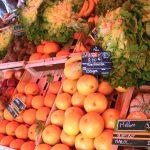Les fruits et légumes sur le marché quotidien