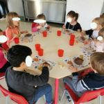 Repas sur le thème d'Halloween à l'école maternelle